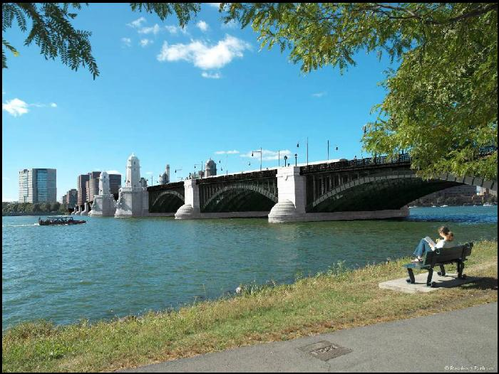 An artist's rendering of the revitalized Longfellow Bridge. Image via MassDOT.